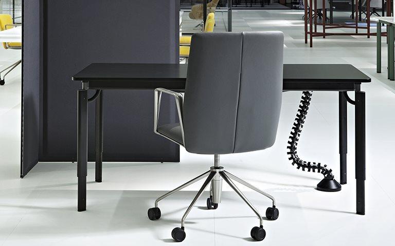 Tecno Clavis Schreibtisch Tisch 140 x 80 cm  1CV0100MM 3