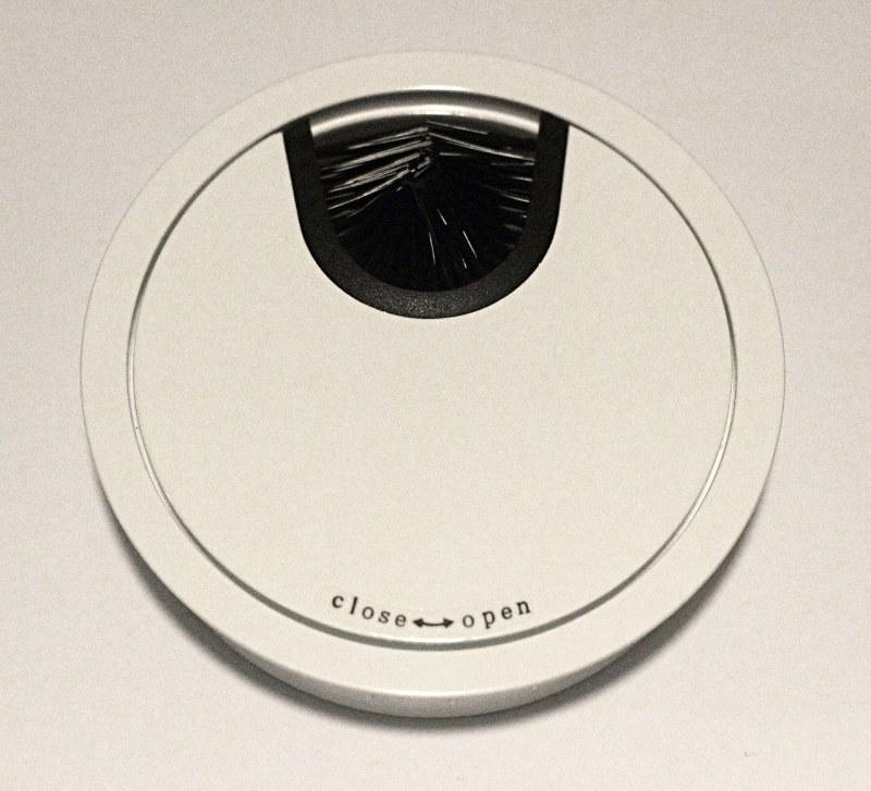 Kabeldurchführung Metall Ø 88mm weiß lackiert