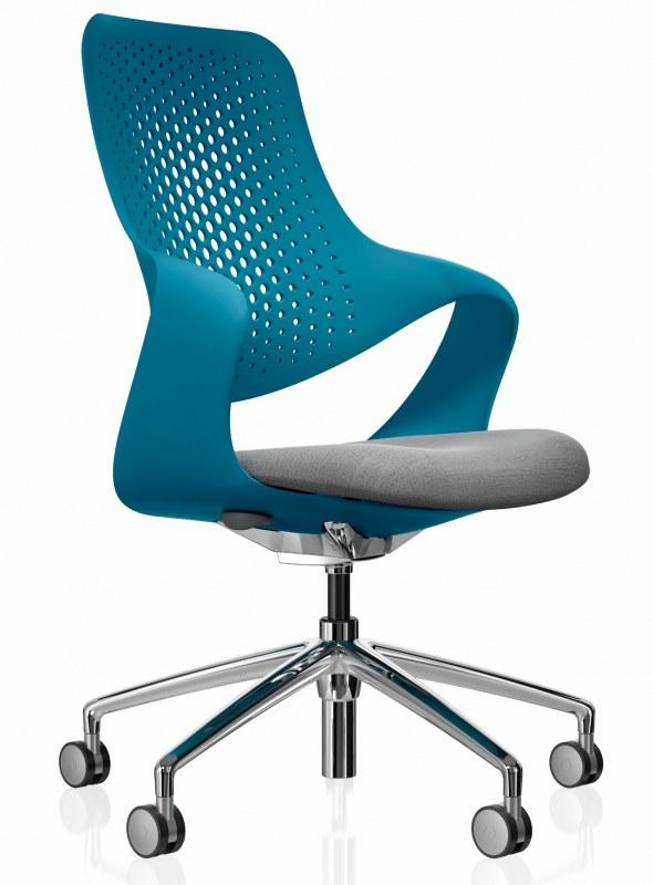 Boss Coza Bürostuhl mit blauer Rückenlehne